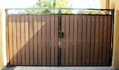 Decorative straight top RV gate